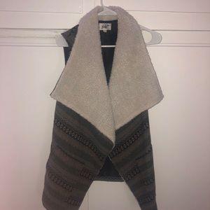 Sherpa warm oversized vest by Jolt